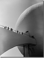 1939 World's Fair Visitors Entering the Perisphere